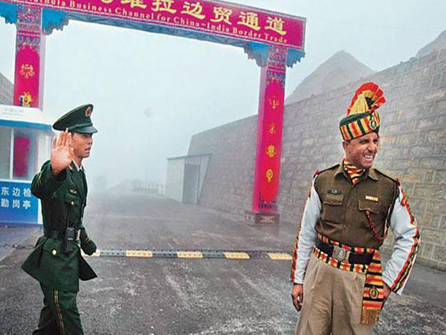 अरुणाचल में चीन: चीनी मजदूरों को तूतिंग क्षेत्र से भारतीय सेना ने खदेड़ा