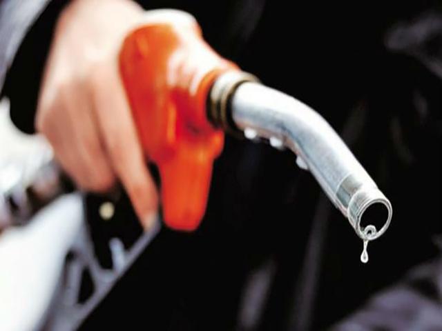 90 रुपए होने वाला है पेट्रोल, एक साथ बढ़ेंगे 6-8 रुपए प्रति लीटर तक दाम