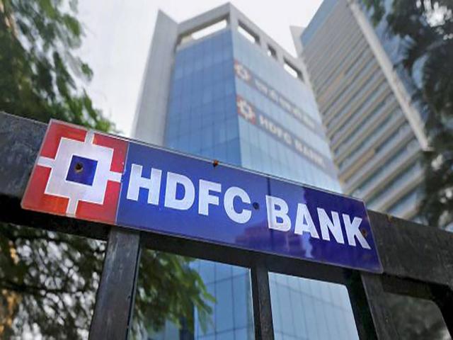 भारत के बैंकिंग क्षेत्र में सुधार, लेकिन आधार अभी भी कमजोर