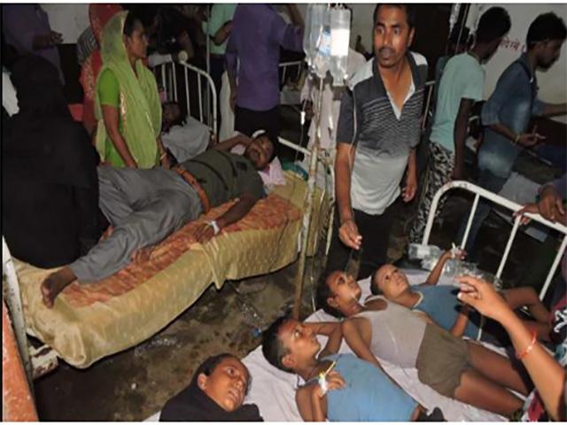 बिहार: मिड-डे मील खाने से 140 स्कूली बच्चे बीमार, जांच में मिली मरी छिपकली