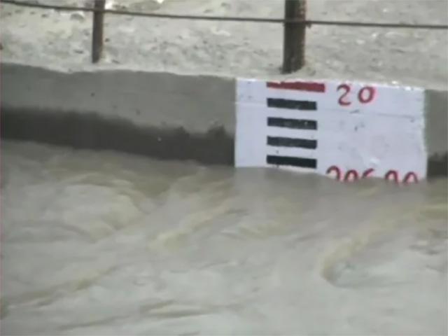 हथिनी कुंड बैराज से लगातार छोड़ा जा रहा पानी, यमुना का जलस्तर आज तोड़ सकता है 5 सालों का रिकार्ड
