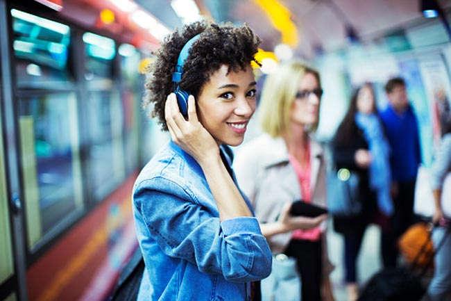 रोजाना तीस मिनट तक पसंदीदा संगीत सुनने से दिल रहता है दुरुस्त