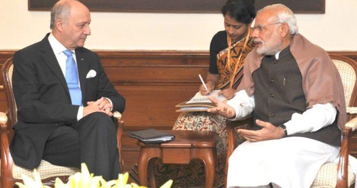 राफेल विवाद के बीच आज PM मोदी से मिलेंगे फ्रांस के विदेश मंत्री